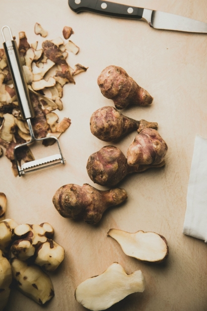 What's nice about this image of Jerusalem artichokes is that it wasn't planned